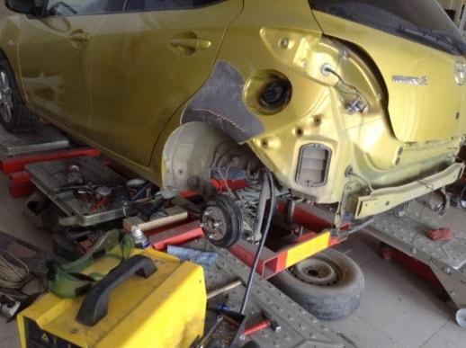 Mazda восстановление заднего бампера